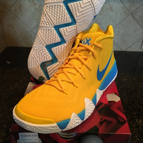 154274179ed Kyrie Irving 4 Kix Mens 13 Deadstock cereal pack. NWT. Nike